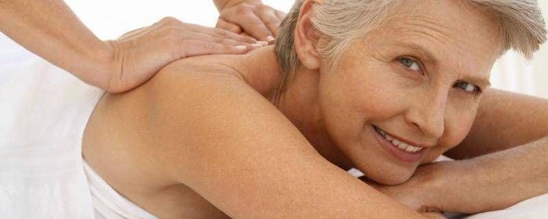 Treat Mom to a Mother's Day Massage